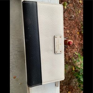 Cream and Black Kate Spade Wallet